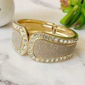 3/$25! 🛍 Hinged Goldtone Bangle Bracelet